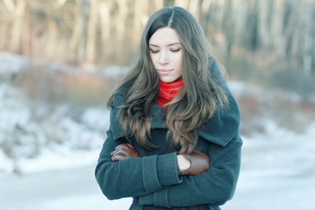 woman wondering how to help your seasonal depression